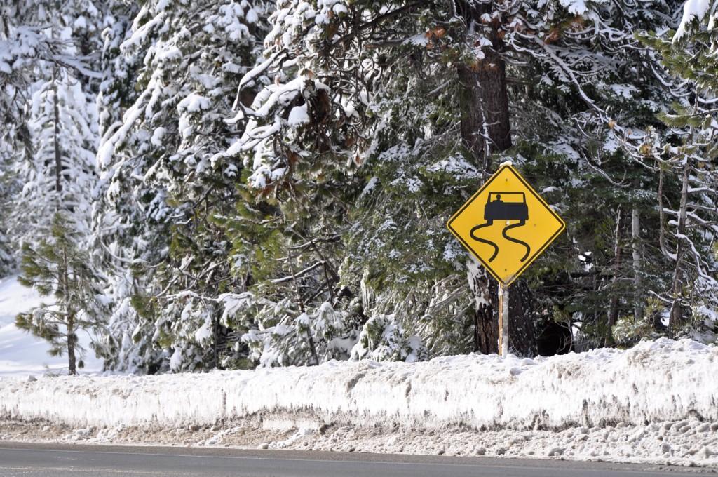 snowydriving2_k5248190